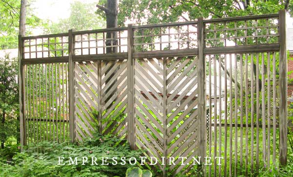 Herringbone Slat Screen