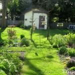 2012 May rains make green grass.