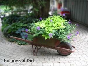 Creative Garden Art Planters With Wheels