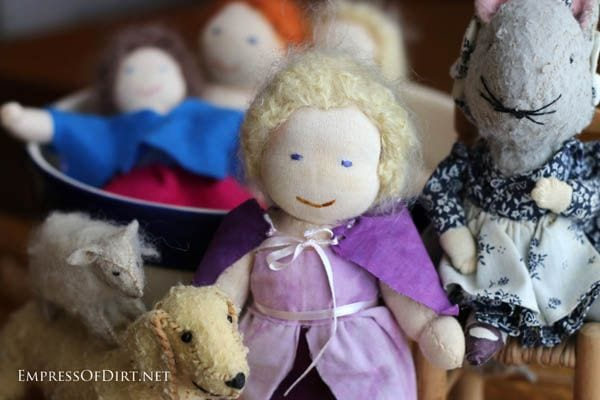 Handmade Toys and Dolls 600 E