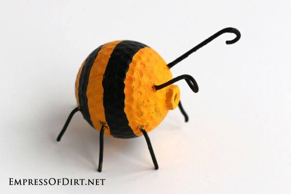 Golf ball bee.