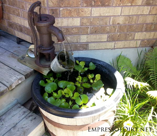 17 beautiful backyard pond ideas for all budgets for Homemade water pump for pond