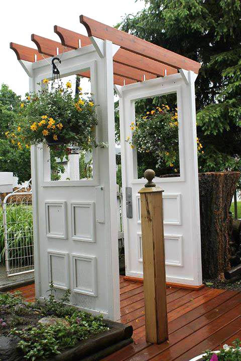Painted wooden patio furniture - 12 Ideas For Doors And Windows In The Garden Empress Of