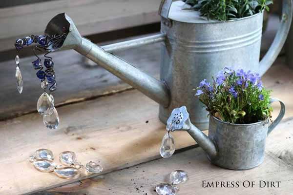 Gallery of watering can garden art ideas | empressofdirt.net
