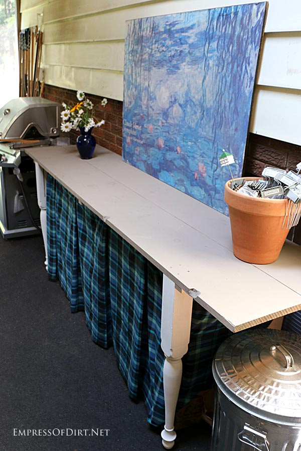 DIY Bedpost Potting and Patio Table