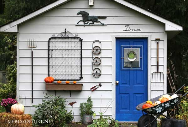 Rustic fall shed makeover with repurposed garden junk | empressofdirt.net