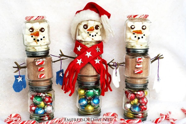 Snowman hot chocolate kits: make them for less than $5 each