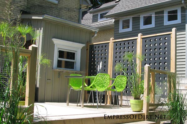 Kick your garden up a notch with these 12 Colourful Garden Ideas at empressofdirt.net. Pick a colour theme like these lime green chairs and work it!