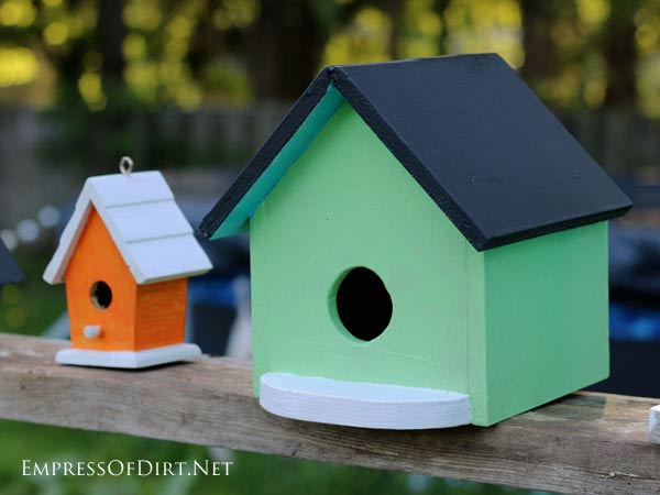Transform plain birdhouses into colourful garden art with patio craft paints. Instant wow for the backyard.