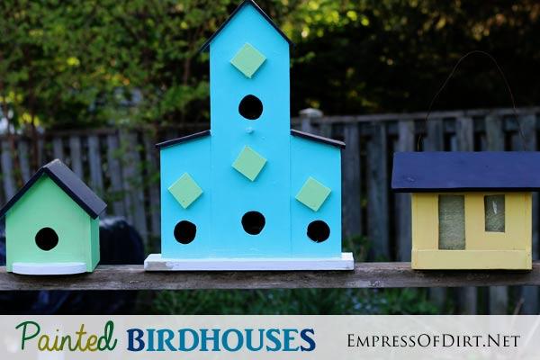Transform plain birdhouses into colourful garden art with patio craft paints!