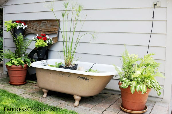How to repurpose a claw foot tub just b cause for Garden pool from bathtub
