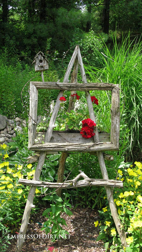 Easel Decorating Ideas