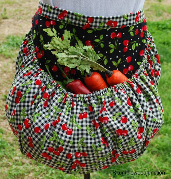 Harvest apron on Etsy by tumbleweedjunction