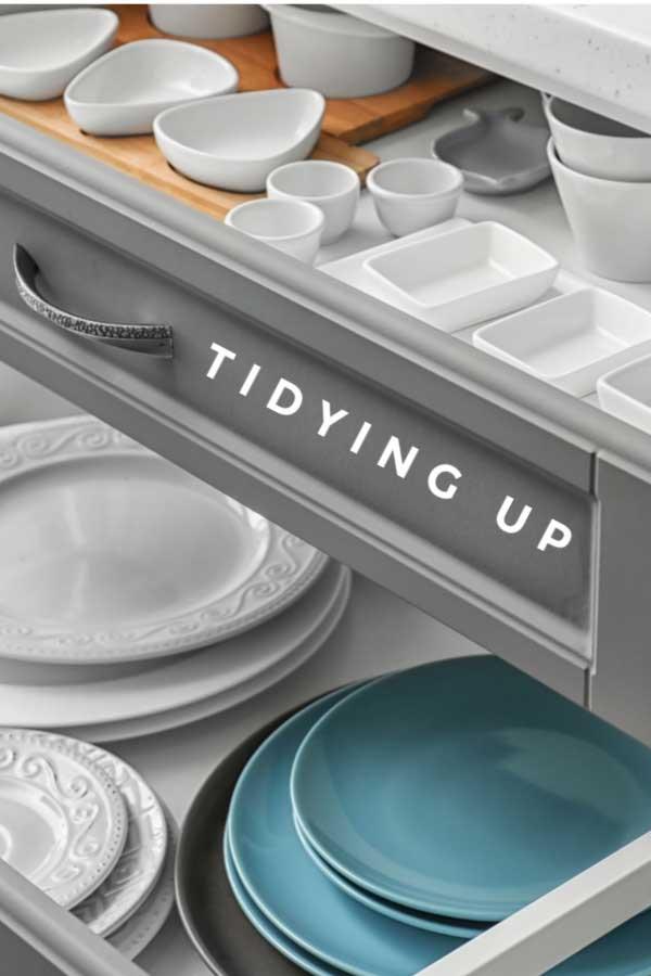Tidy kitchen cupboards