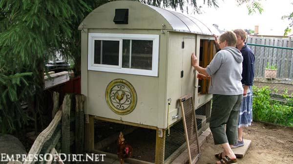 Caravan-style chicken coop in a city garden