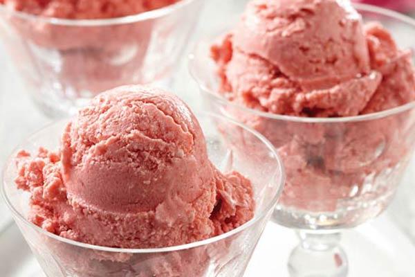 You won't be going back to commercial ice cream once you taste this! Plus, there's no added sugar, stabilizers or preservatives — just frozen real food. You'll need to plan ahead for this recipe, as it requires frozen ingredients.