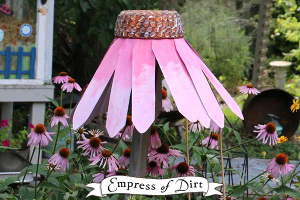 Create a giant, garden art coneflower (echinacea) for your backyard using repurposed kitchen pans.