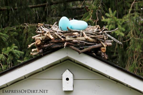 DIY Giant Garden Art Bird Nest - Empress of Dirt