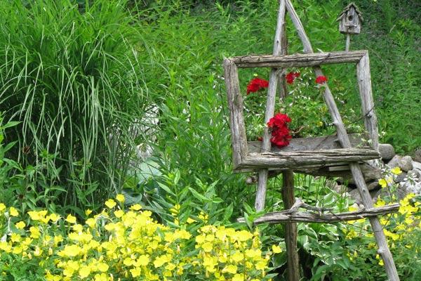 Garden Art Easel Idea Gallery