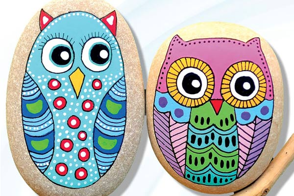 How to paint decorative owls on stones