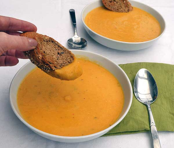 Roasted pumpkin soup | 12 Vegetarian Soup Recipes for delicious snacks and meals