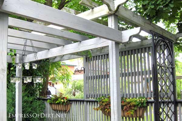 Garden Fence Amp Screen Privacy Ideas Empress Of Dirt