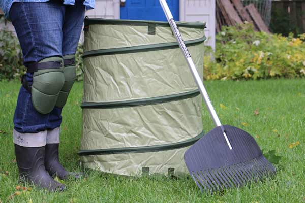 Make your fall garden cleanup easier with the right tools.