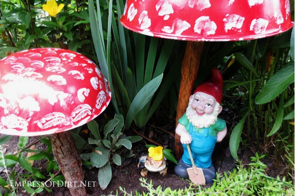 Turn wooden salad bowls into garden toadstools for your gnome.