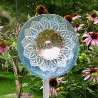 Plate flower.