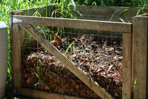 Keys to Healthy Soil with Mulch and Compost