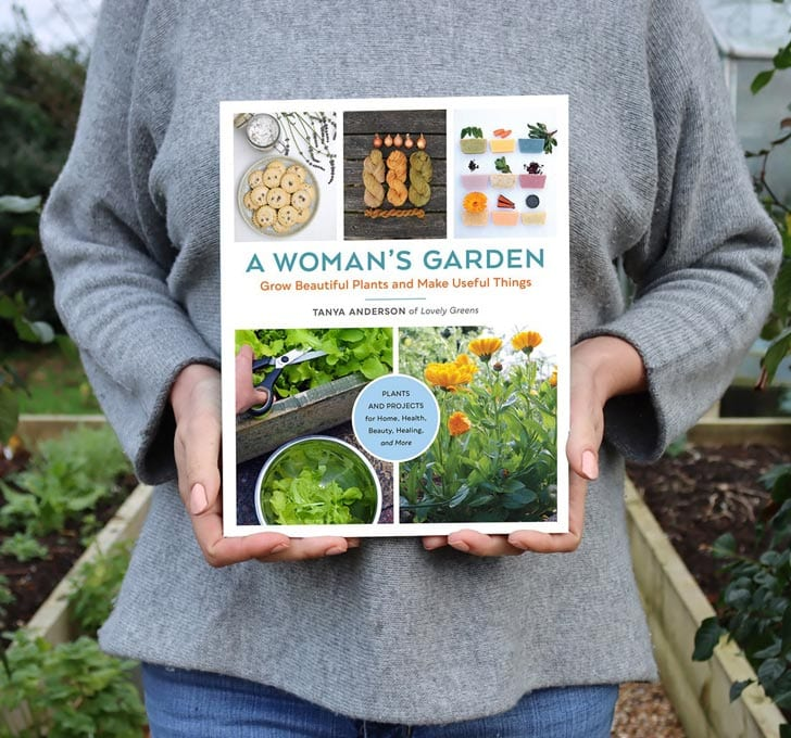 A Woman's Garden (book) by Tanya Anderson