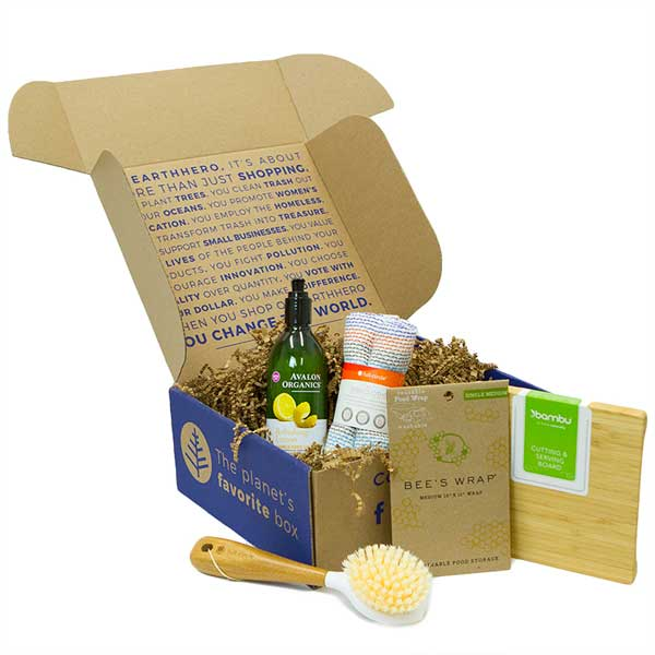 Green kitchen gift box by EarthHero.
