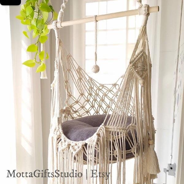 Macrame cat hammock by MottaGiftsStudio on Etsy
