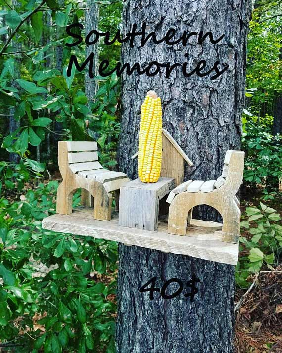 Squirrel Feeder - SouthernMemorieDecor Etsy Shop